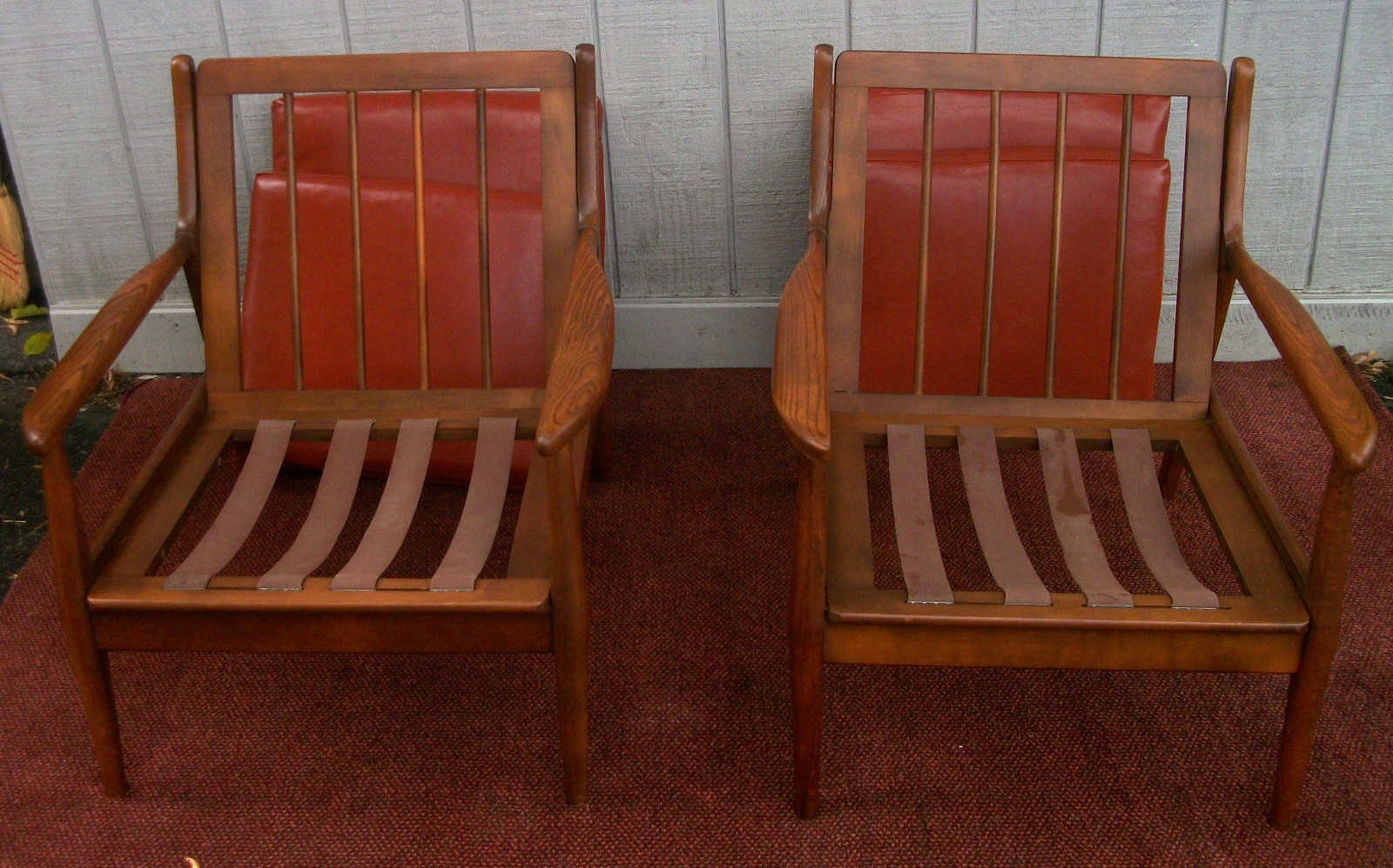 Pair Baumritter Style Chairs Br